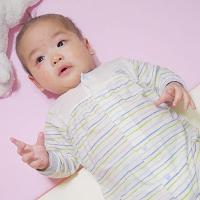 異位性皮膚炎or皮膚過敏的怕熱寶寶怎麼穿?奇哥【膠原蛋白涼爽布內著】