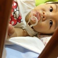 嬰兒床必備這片【奇哥防水防蟎透氣保潔墊】漏尿、吐奶一把抓!
