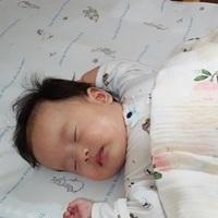 奇哥【比得兔冬夏兩用立體透氣床墊】~給寶寶一夜好眠,睡醒不再濕背秀~